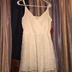 NWT Massino supply co lace dress M